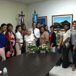 Celebrando junto a las MADRES DOMINICANAS residentes en Guatemala este Gran día. #FelizDiaDeLasMadres @tcabralp https://t.co/y0RHYDuQkK