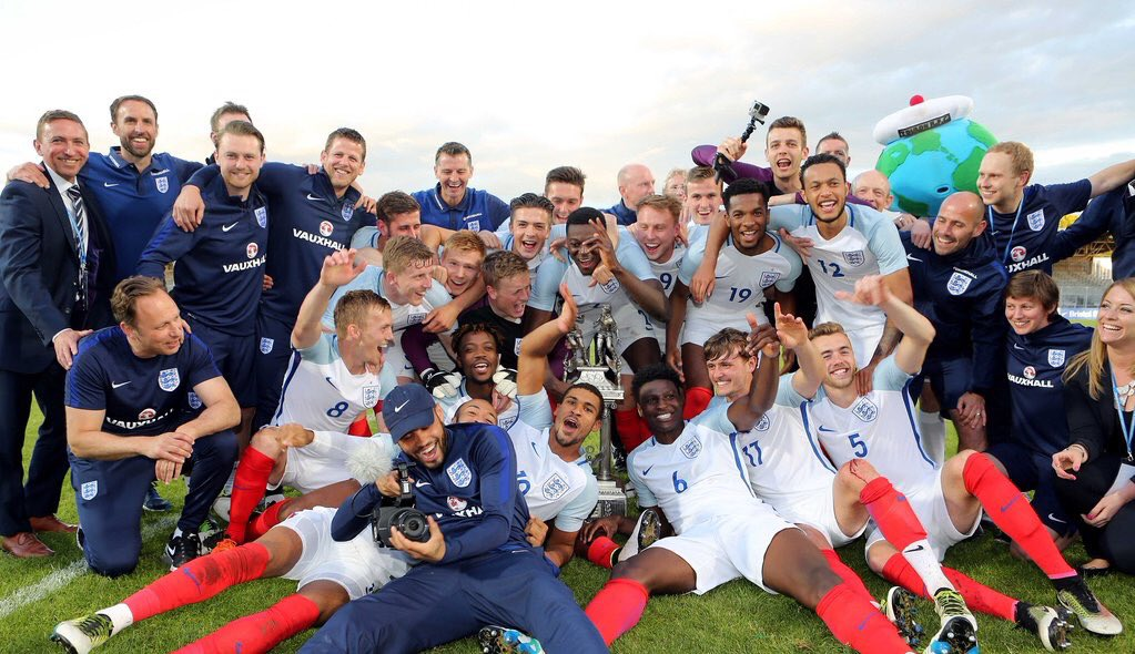 What a game !! @TournoiToulon 2016 winners !! Buzzing to be part of this team !!