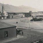 Plaza Colón, sin el reloj ni león, ademas la segunda catedral. 1888. #Antofagasta https://t.co/urVQQDzN7z