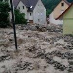 Braunsbach im Landkreis Schwäbisch Hall vor 1,5 Stunden. Zumindest denen, die ich kenne, geht es gut.   #Unwetter https://t.co/Fa2NwoP38l