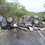 Nueve muertos en accidente en La Curva de Origuan #Monagas #Anzoategui https://t.co/4CykEtx5hx https://t.co/AFu3gEIKWv