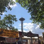 turning out to be a gorgeous day in #Seattle! Hanging out @ my favorite festival, @NWFolklife @seattlecenter! https://t.co/MtqY0SSrbK