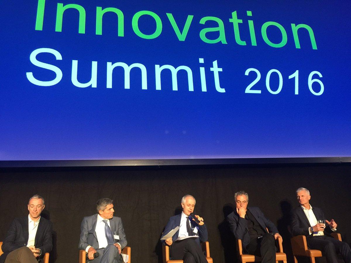 Ecco il dibattito all'Innovation Summit di @DeloitteItalia: sul palco non una donna e non uno nato dopo il 1965... https://t.co/Z9zaORoajr