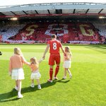 Happy birthday to #LFC legend, Steven Gerrard! https://t.co/qM8ulygvfE