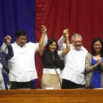 Drilon and Belmonte raise the hands of VP-elect Robredo during her proclamation at the House of Representatives. https://t.co/WvbQgg7uac