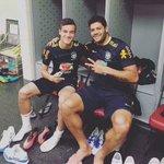 [#Image] La différence de gabarit entre Coutinho et Hulk ???????????????? https://t.co/IjBdeZ817t