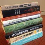 Libris heeft 7000 volgers. Deel en like dit bericht en maak 3 x kans op dit boekenpakket (8 stuks). 2 juni winnaar! https://t.co/rBRMKA2LcL