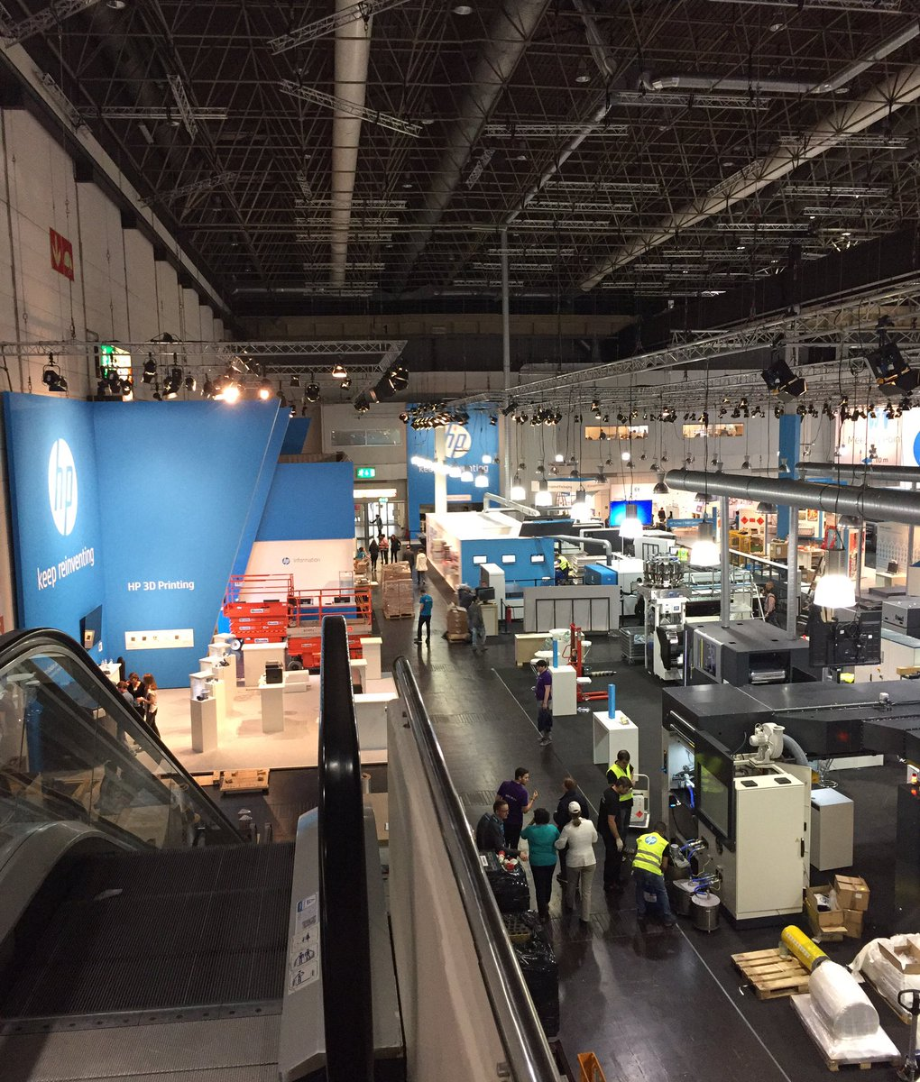 .@HPGraphicArts @hpindigo takes over all of Hall 17 at #drupa2016 https://t.co/yISo7jTWj2