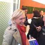 .@Martina attends the #RGLegendsPerrier media event. Her picks to win #RG16: Serena, Muguruza, Halep. https://t.co/rsALtXjTCH