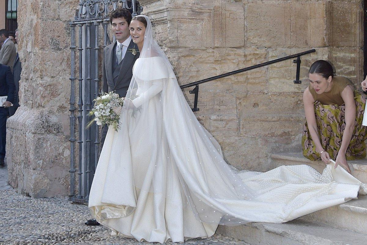 un vestido de novia diseñado por emilia wickstead? sí, en la boda de ...