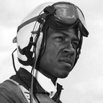 He battled poverty and racism to become the Navys first black pilot #MemorialDay2016 https://t.co/rlEolyXITX https://t.co/6c8AafVxYB