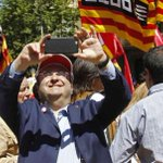 Sánchez apoya la presencia de Iceta en la marcha contra el TC con los independentistas https://t.co/6jwKIzNnO0 https://t.co/KU1yNSJocj