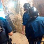 El dispositiu a la L5 #metrobcn continua actiu. Ara mateix detenim una quarta persona en un lloc de difícil accés. https://t.co/qtRRelW57E