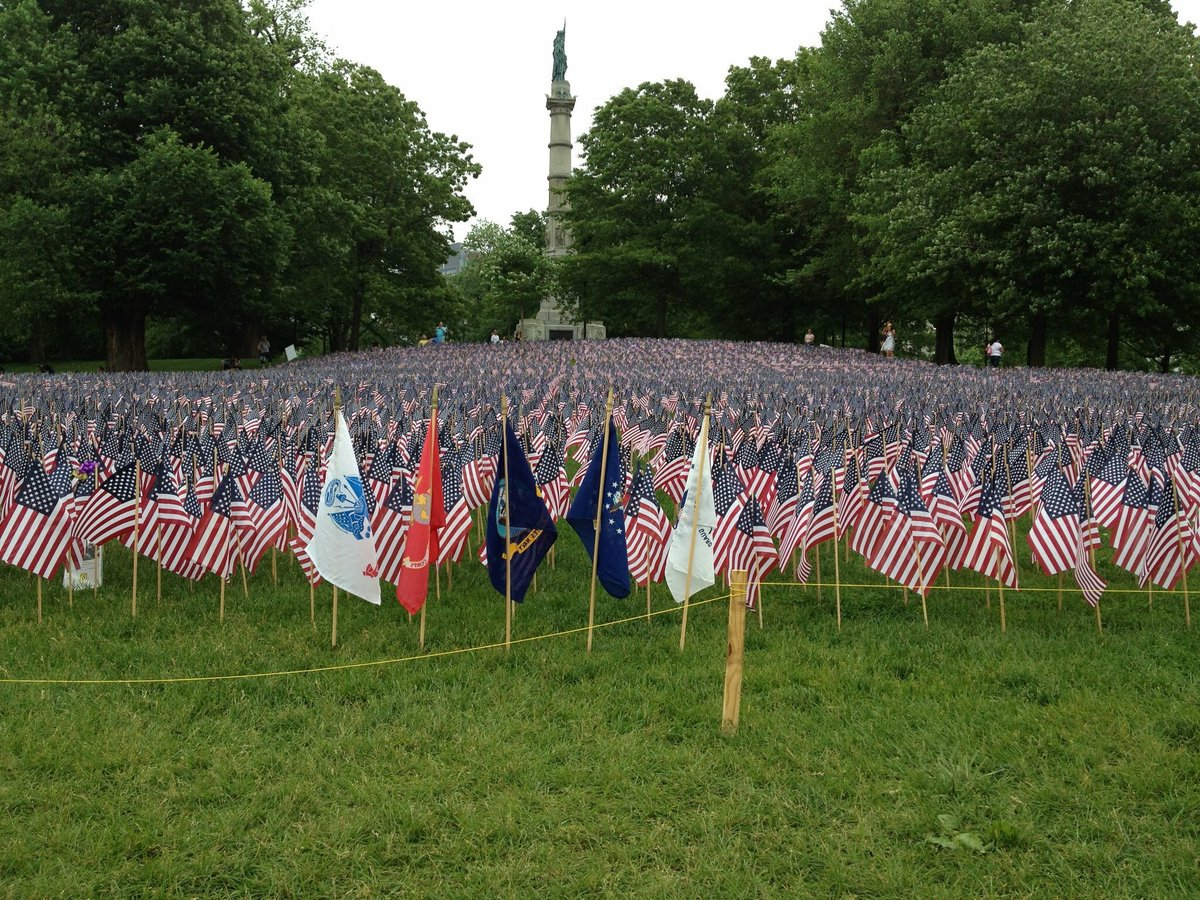 37,202 flags - one for every MA resident who died defending this nation & our freedom.  Remember them. Always. RIP. https://t.co/3DVnRTMJ82