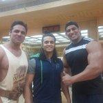 """النجم @ashish30sharma  بطل مسلسل #حبيبي_دائما يستعرض عضلاته في صالة """"الجيم""""#MBCBOLLYWOOD https://t.co/xfaFHs1iKp"""