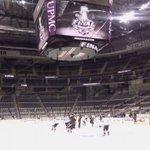 Penguins Fans Revved Up As National Spotlight Shines On Pittsburgh - https://t.co/7YjkXPeD5j #LetsGoPens https://t.co/0OGYM8hyYs