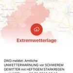 Der Deutsche Wetterdienst warnt vor heftigem Gewitter und Starkregen für die Region Hamburg! https://t.co/cyCpPoUkpT