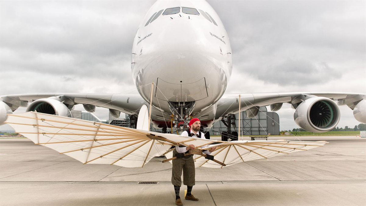 125 years of #aviation comes together in one image - #Lilienthal glider meets @Airbus #A380: https://t.co/QzQNTCvdK7 https://t.co/OgvemfAcI5