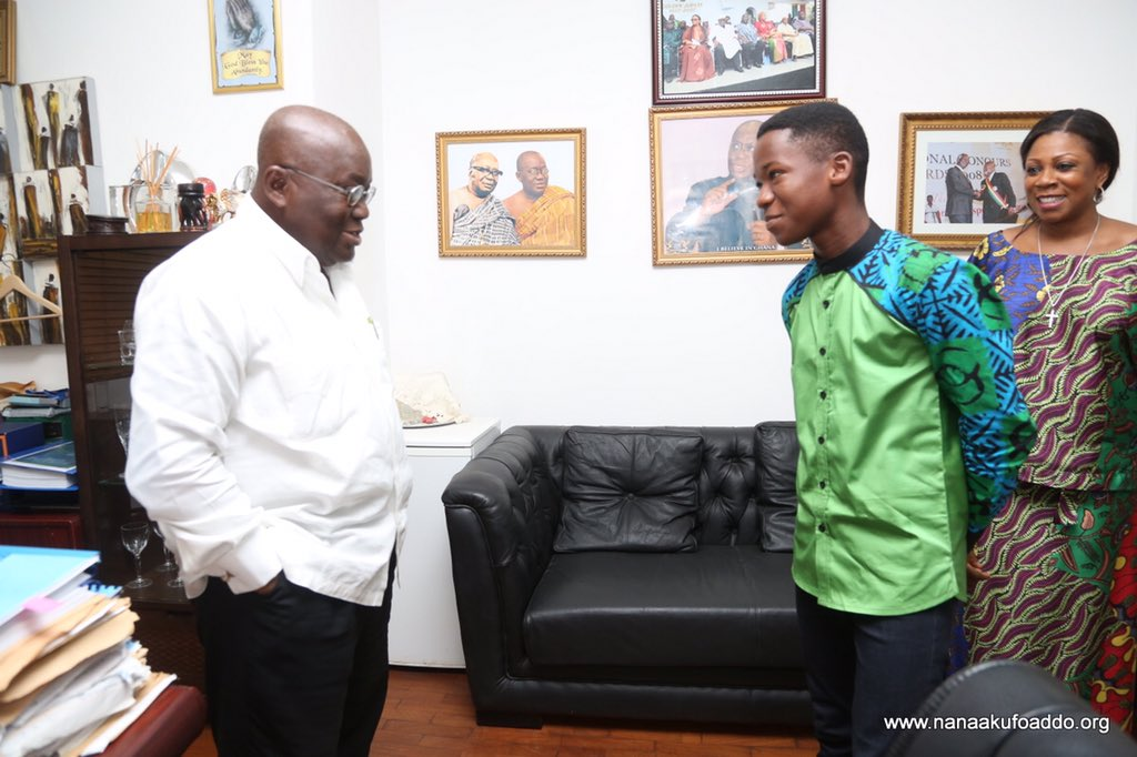 Young, talented Ghanaian actor, Abraham Attah, called on me at my office this afternoon to invite me to an event. https://t.co/C3qCkfQTCI