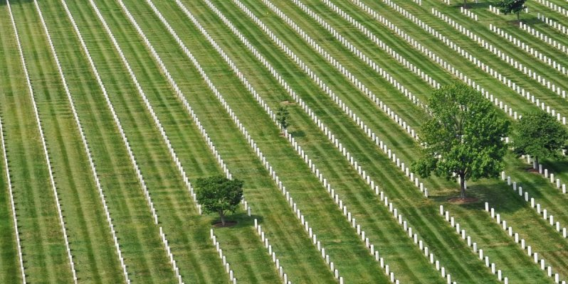 Just for a minute, ignore the commercialization of #MemorialDay2016, close your eyes & simply breathe out gratitude https://t.co/pg1JPCoUGQ