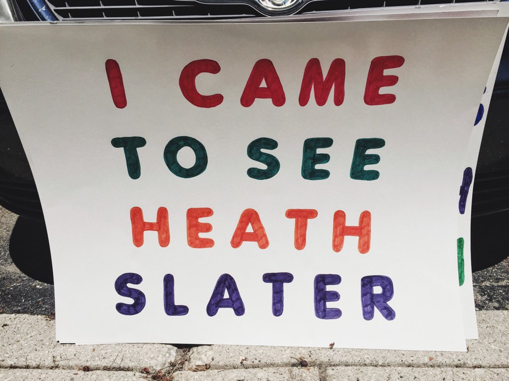 If anyone is looking for my @HeathSlaterOMRB sign tonight at #Raw, here it is. https://t.co/T2nfFeM0N3