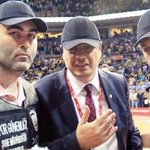 Bu Maçta Fenerbahçe ye ne ceza vermiştiniz? @TBForgtr https://t.co/gB1TG4Tk7K