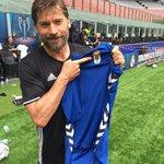 De #Oviedo gusta hasta su equipo de fútbol ;-) @nikolajcw @RealOviedo @GameOfThrones @JuegoDeTronosTM  #visitspain https://t.co/0CGpUmUos5