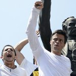 Leopoldo López pidió a Maduro dejar que entre al país 100 toneladas de insumos médicos https://t.co/OnZBw7hYPH https://t.co/SXdypO2fKK