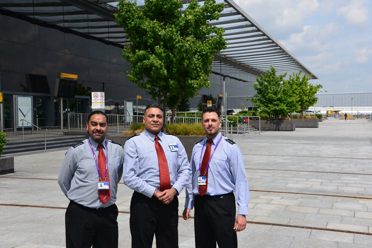 Meet BritainsBusiestAirport's Shahid(R)! He won't let hammers via security but loves baking