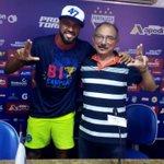 Visitante ilustre do dia, Cassiano treinou com sua equipe atual Goiás no Pici. https://t.co/WUPVbMVvcT
