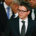 #URGENTE Cai mais um ministro de Temer: Fabiano Silveira, da Transparência, pede demissão https://t.co/b5CJuML3uW https://t.co/QBtGB3yrD0
