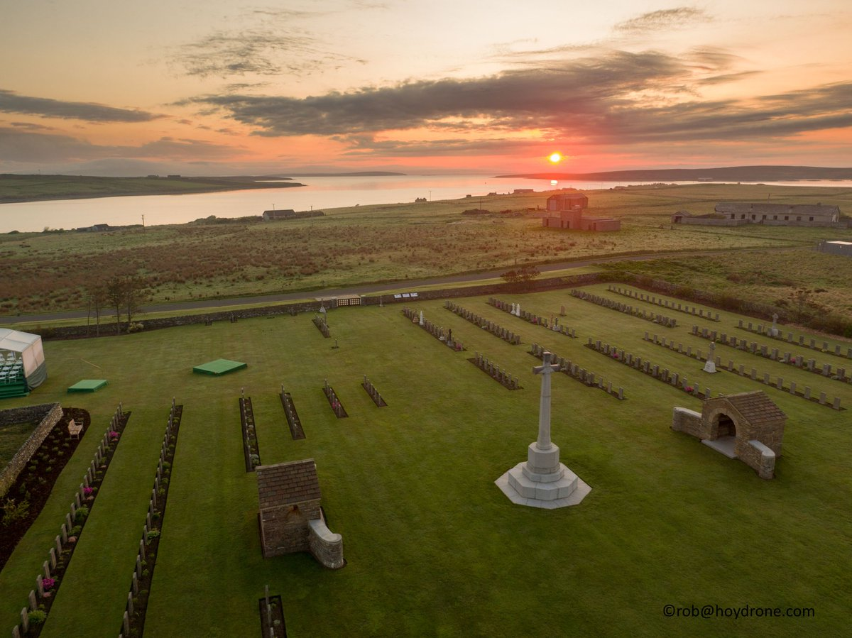 As the sun rises above @CWGC Lyness Royal Naval Cemetery, we're ready for today's #Jutland100 commemorations. https://t.co/hpV0UfAVPX