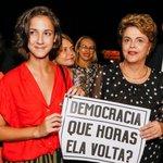 "Presidenta eleita Dilma Rousseff participou de lançamento de livro ""A Resistência Ao Golpe de 2016"" na UNB https://t.co/FEeChnNUJV"