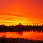 The rainbow + sunset combo tonight was gorgeous. #yeg #yegwx https://t.co/vHNpeq7jnm