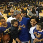 A family celebration! @stephencurry30 #LeanInTogether https://t.co/CVOsl6O16p