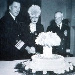 US military celebrate the atom bomb with a cake, 1946 https://t.co/suODbk5IIg