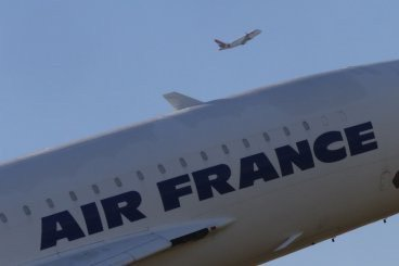 Air France to launch week-long strike as nationwide energy and transport strike continues