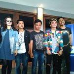 Foto bareng Geisha bersama Fans. Mau sprti mrka? Download YonderMusic @XLent_NTB  @geishaindonesia #XLYonderFunkUpID https://t.co/urUd3N7cGv