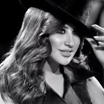#نجوى_كرم ملكة الأرقام، هل من منافس؟ https://t.co/RCzI2MxsEt #دني_يا_دنا #شمس_الغنية_اللبنانية #لبنان #اغاني #كليب https://t.co/zB4plMc5Eq