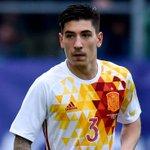 Hector Bellerin remplace Dani Carvajal (blessé) dans la liste des 23 joueurs espagnols retenus pour lEuro 2016. ???????? https://t.co/aOkAFmMayK