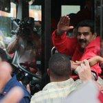 Todos comprometidos con el Pdte. @NicolasMaduro y la Revolución Bolivariana #ConMaduroATodaMarcha https://t.co/JyedoNDNlw