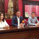 """. @CsGranada advierte de la """"pinza PP-Podemos para bloquear al gobierno y a #Granada"""" https://t.co/bzYs2v5XVs https://t.co/bQidmZbxEs"""