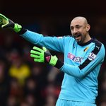 121 saves and 11 clean sheets - @hdgomes was key to Watfords 13th-placed finish in 2015/16: https://t.co/hPZd2Mp6tC https://t.co/MB3lpLBJHY