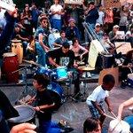 Faisons battre le cœur de Nuit Debout. RDV 3 juin 21H30 pour cet atelier de percussions place du Capitole. https://t.co/lMP7EmFhHF