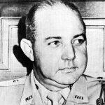 Murió hoy el Héroe Nacional Antonio Imbert Barreras.  Deben declarar al menos dos días de duelo nacional. https://t.co/chtG9DQSEh