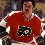 Sad news in the hockey world. Former @NHLFlyers and @PetesOHLhockey Rick MacLeish has died. https://t.co/umc5id1vsi https://t.co/fyFL00MABl
