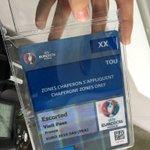 On découvre les moindres recoins de la préparation de lEuro 2016 à Toulouse #journalism #immersion @iscpaToulouse https://t.co/BPMAJwEYuS