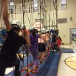 Gr3s on the ropes having a blast in the gym with @JungleSport #activeLiving @PeelSchools https://t.co/S6YgFbaXgl