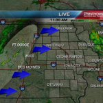 Showers/storms now beginning to develop in western Iowa. Will move into eastern Iowa later today. #KCRGWX https://t.co/jUsQXCIqH9