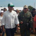 Presidente @MashiRafael visitó el albergue de #Jama #EcuadorListoYSolidario https://t.co/O6s4JaP3Ob